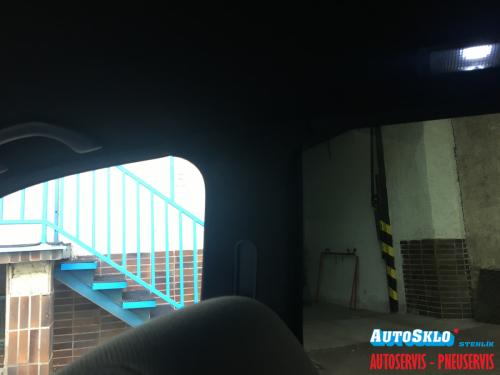 autosklo-zilina-autofolie-tmave