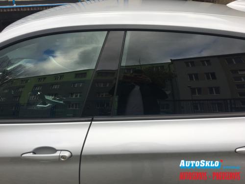 autosklo-zilina-autofolie-svetle